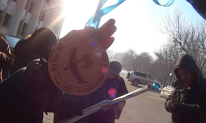 Аким Алматы награжден орденом «Главный лесоруб»