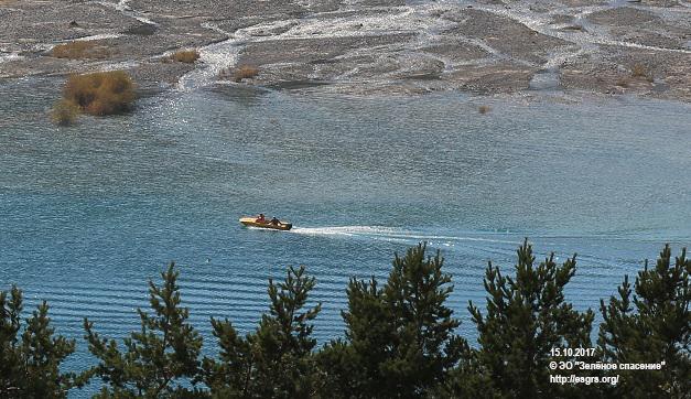 Общественность добилась запрета на использование лодок на озере Иссык!