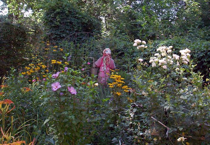Марфа с ведрами – берегиня сада