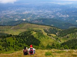 Панорама Алма-Аты и Кок-Жайляу со склона горы Кумбель. © Фото Михаил Каймирасов 2008