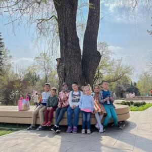 Дети в Ботаническом саду 163049_586